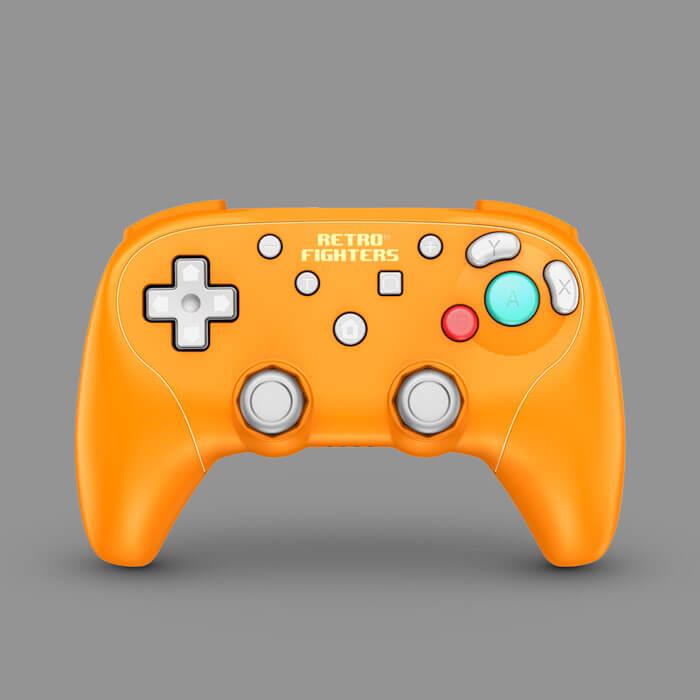 retro-fighters-bladegc-gamecube-wireless-controller-front-orange-700x700